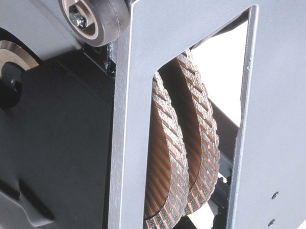 Drážkovací fréza do zdiva AGP CS180