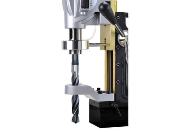 Profesionální dvourychlostní elektrická magnetická vrtačka AGP